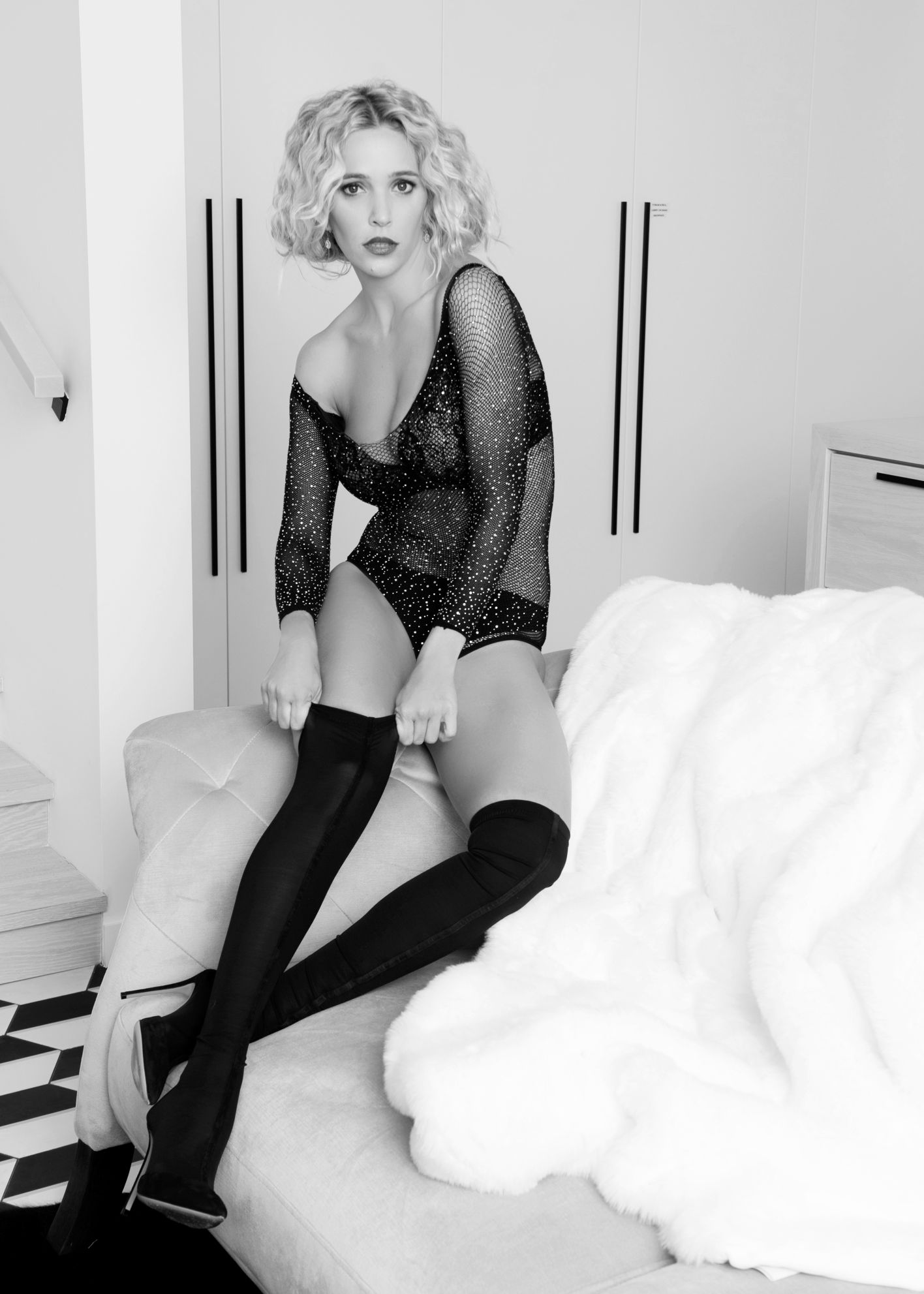 Boudoir Vanvouver black and white photography famous actress Luisana Lopilato Argetnina