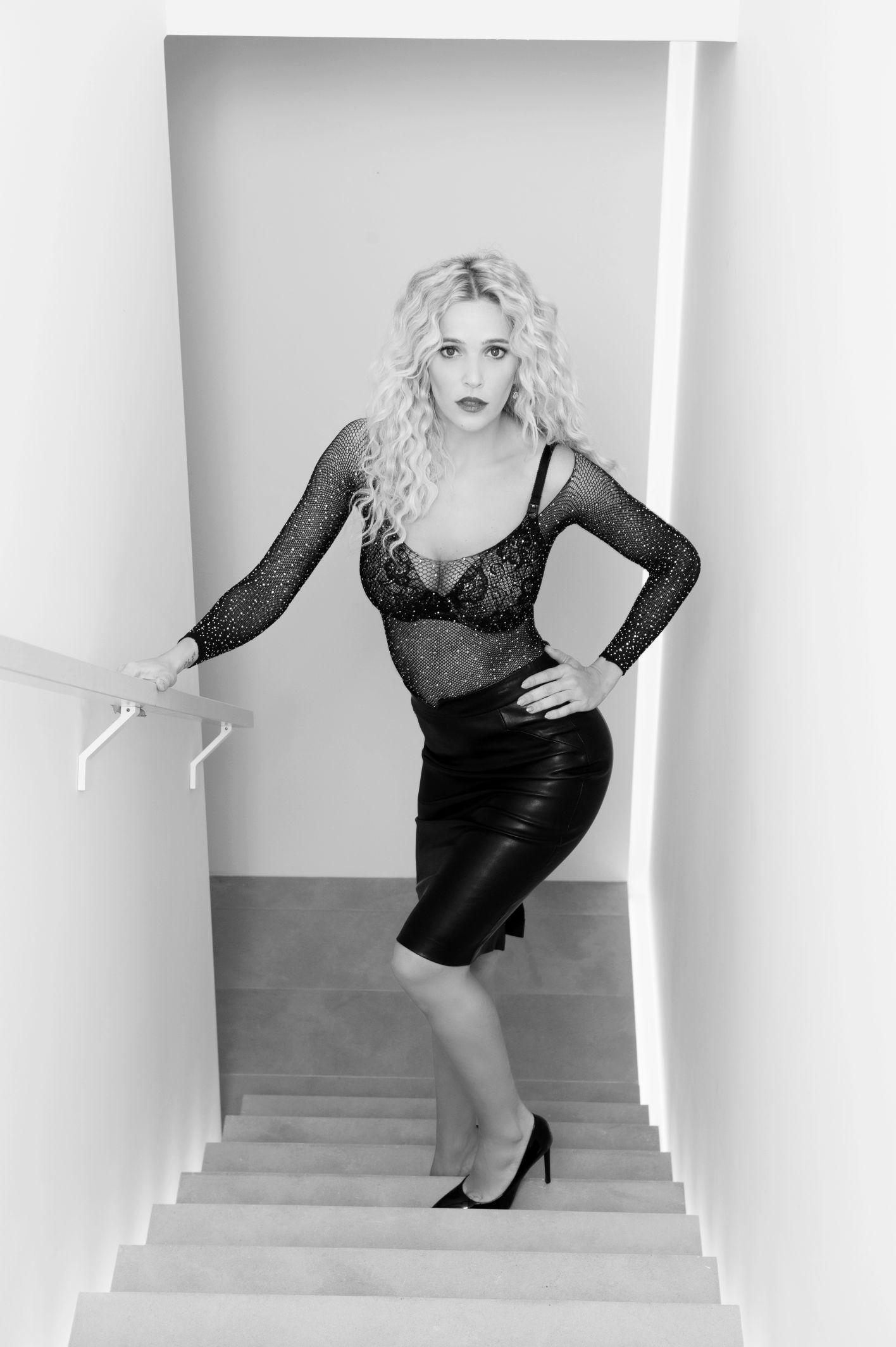 black and white boudoir famous actress Luisana lopilato vancouver